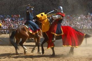 """Около 400 рыцарей съехались на фестиваль """"Новогрудский замок"""""""