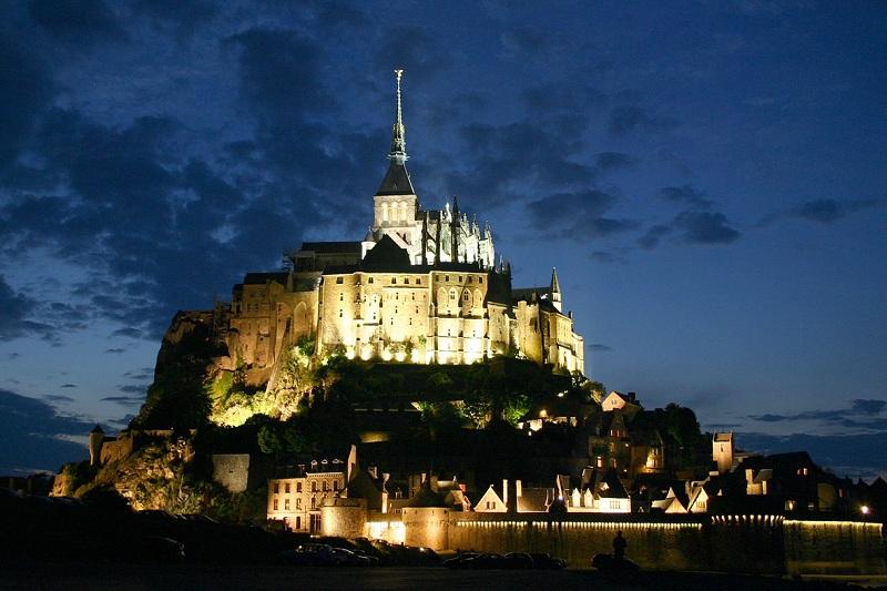 Мон-Сен-Мишель и его аббатстви, Франция