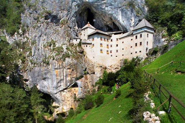 Замок Предъяма, Словения